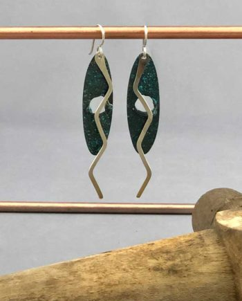 ZigZag Oval earrings - front